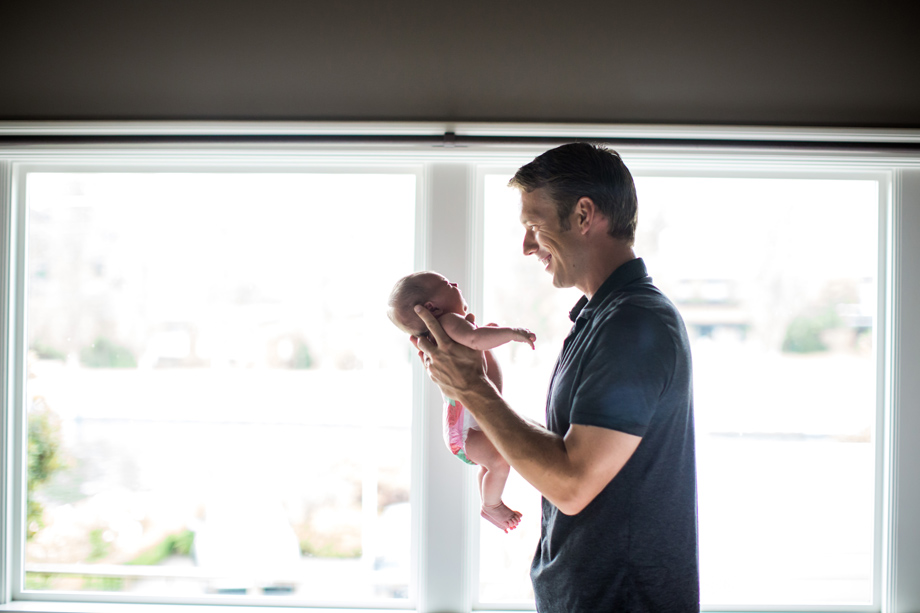 seattle_lifestyle_newborn_photographer013