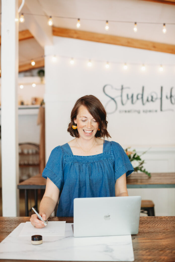 business photographer calligragraphy