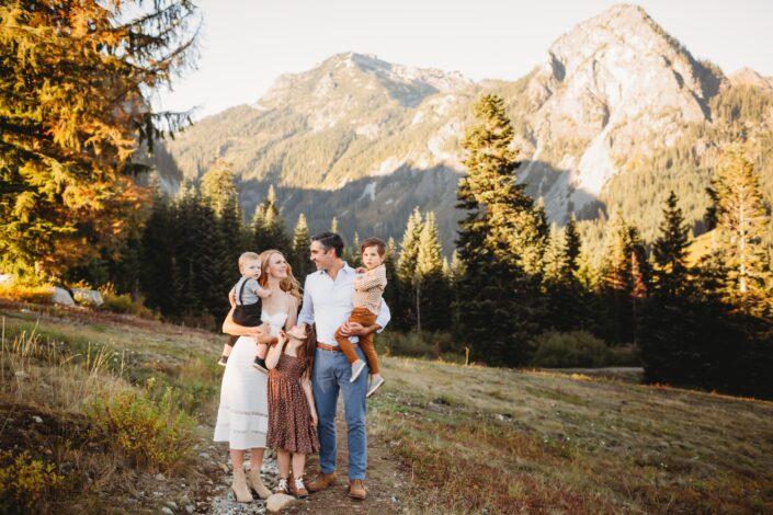 pnw mountain session family